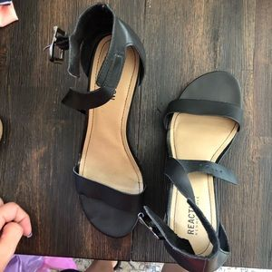 Kenneth Cole Reaction Shoes - Kenneth Cole black wedge sandals